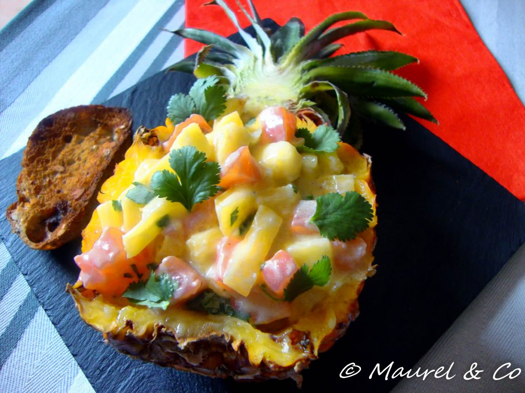 Saumon cru et ananas
